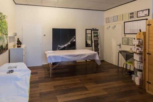 masazny salon 1